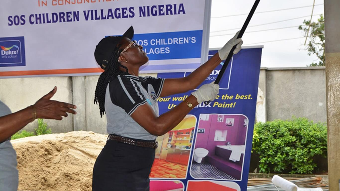Dulux-Lets-Colour-SOS-Childrens-Villages-Nigeria-Singapore-04