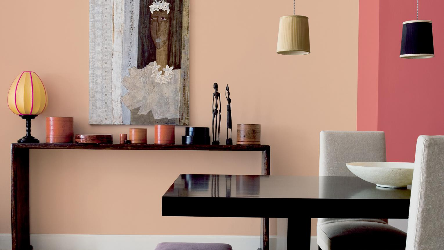 Getting ready to decorate? Before you start, read our top ten ways to choose a colour palette.