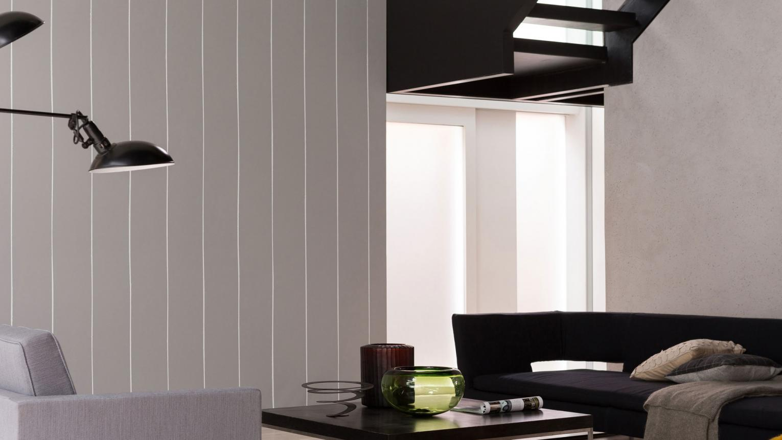 Add a touch of architectural interest to your home with a slick pinstripe paint effect.